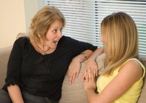 Paauglys elgiasi netinkamai: kaip kalbėti su juo, kad tai būtų veiksminga