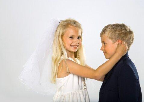 Tėvams tai pati nemaloniausia tema, tačiau kalbėtis apie tai su vaikais REIKIA
