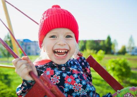 Ko reikia, kad vaikas užaugtų pasitikinti savimi ir laimingas