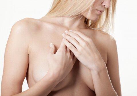 Svarbiausios priežastys, kodėl moterys didinasi krūtis