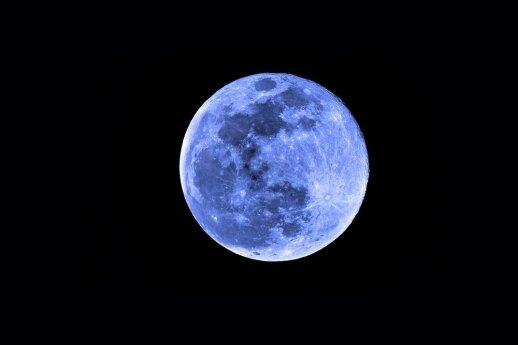 Mėlyna spalva