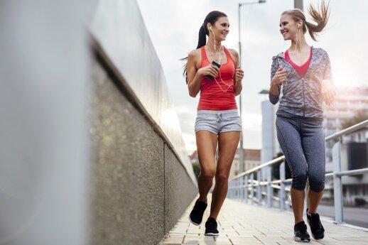 Bėgiojančios merginos