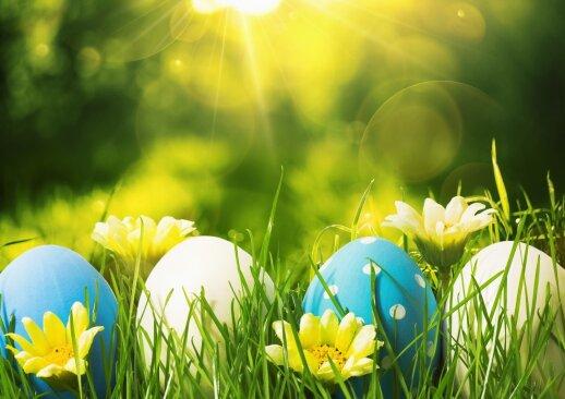 Kaip kiaušinius Velykoms margina šiuolaikinės moterys