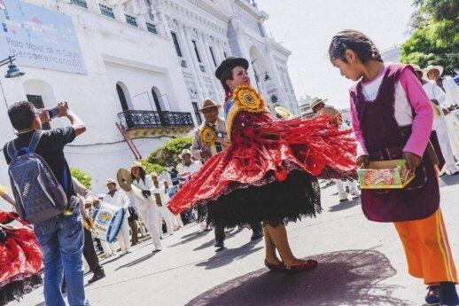Įspūdžiai iš Bolivijos: kai kurie tiki, kad fotokamera gali iščiulpti jų sielą
