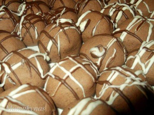 Akimirksniu pagaminami trapūs sausainiai