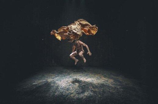 Teatro šamanas Benas Šarka: nežiūrėkim į save rimtai ir ypač tragiškai