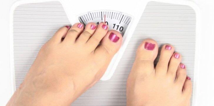 """Dietologė atsako: sveriu 50 kg, <span style=""""color: #c00000;"""">norėčiau sverti 40 kg</span>"""
