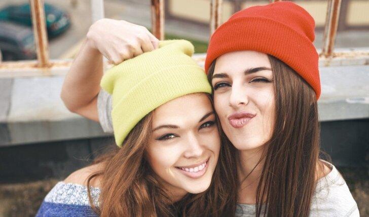KONKURSAS BAIGTAS. Atsakyk, kaip prižiūri savo odą rudenį ir laimėk vieną iš BIODERMOS prausimosi gelių sau ir savo draugei!