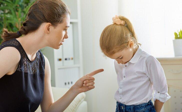 TĖVAMS: kada reikia atsiprašyti savo vaikų ir kaip tą padaryti tinkamai
