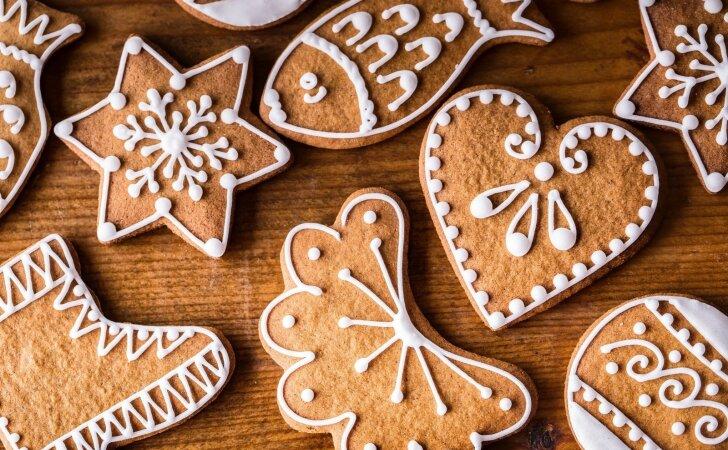 Kalėdiniai sausainiai, kurie papuoš kiekvieną švenčių stalą