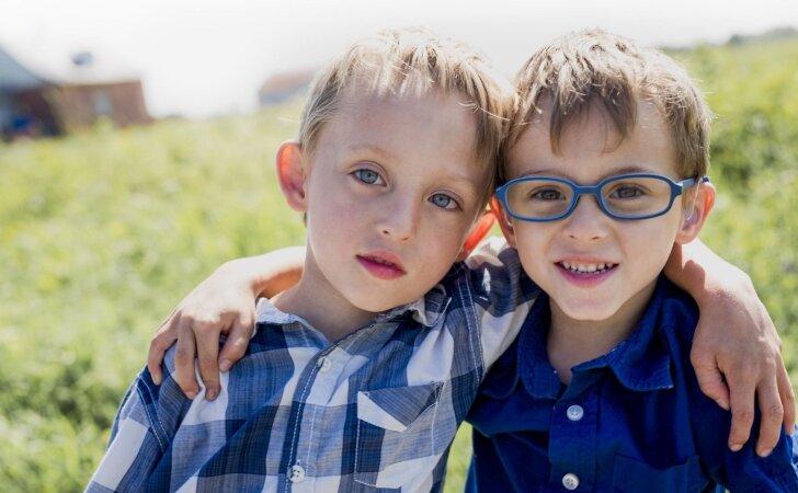 Kaip surasti aukso vidurį auklėjant vaikus