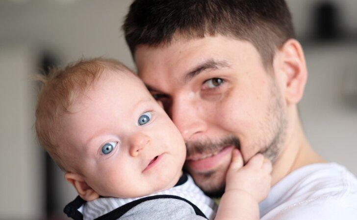 Nuo liepos 1 dienos keičiasi tėvystės atostogų tvarka