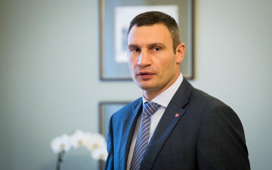 Кабмин Украины дал добро на увольнение Кличко
