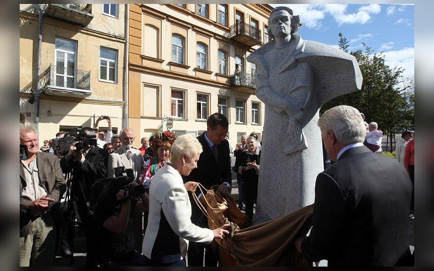 Vilniuje atidengtas paminklas Tarasui Ševčenkai