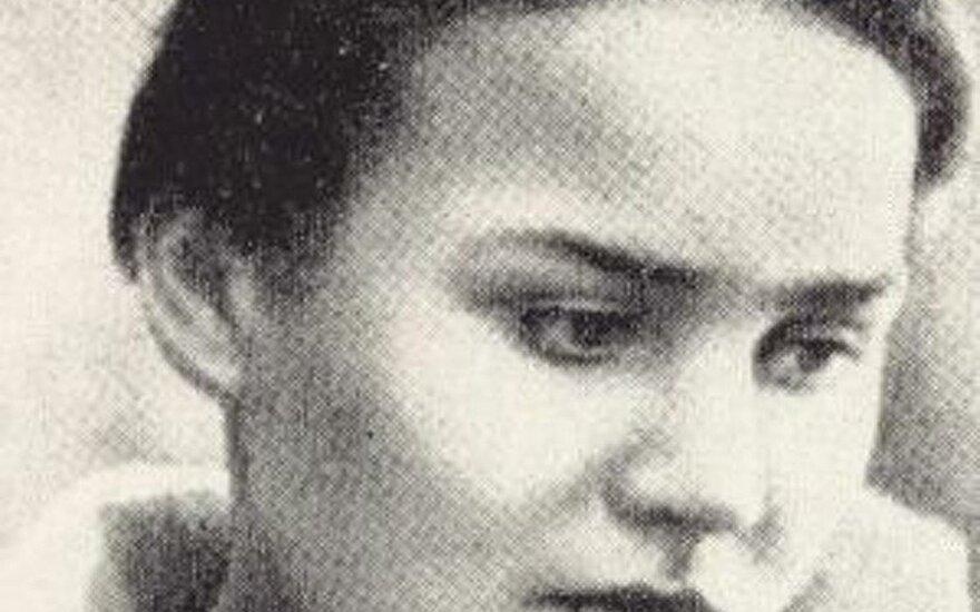 Żądają wymazania z pamięci narodowej Petrasa Cvirkę i Salomeę Neris