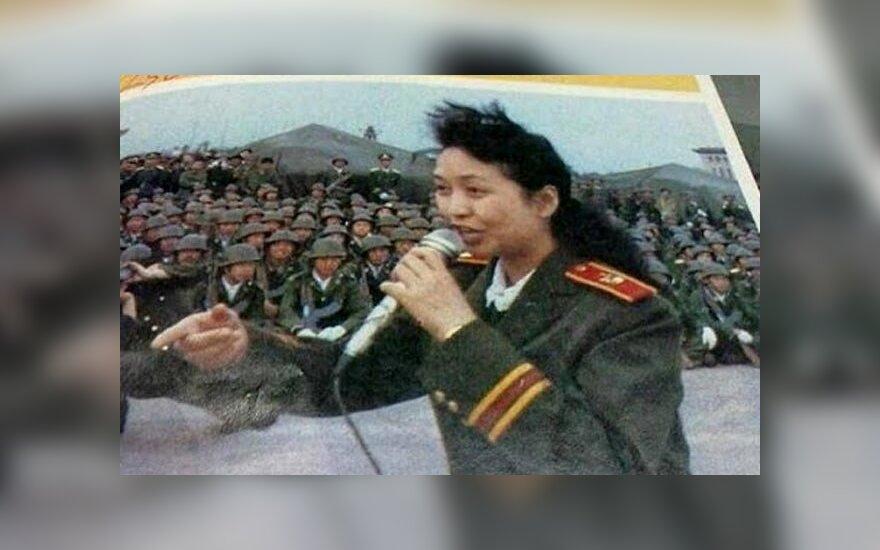 Китай: из интернета удалили компрометирующее фото первой леди