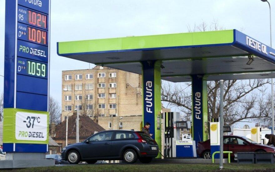 Цена на дизельное топливо преодолела психологический рубеж