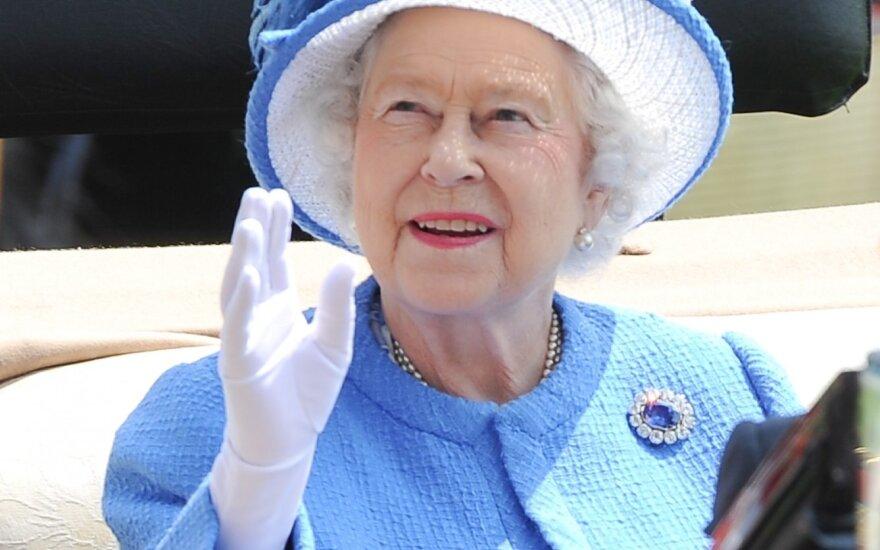 Karalienė Elžbieta II