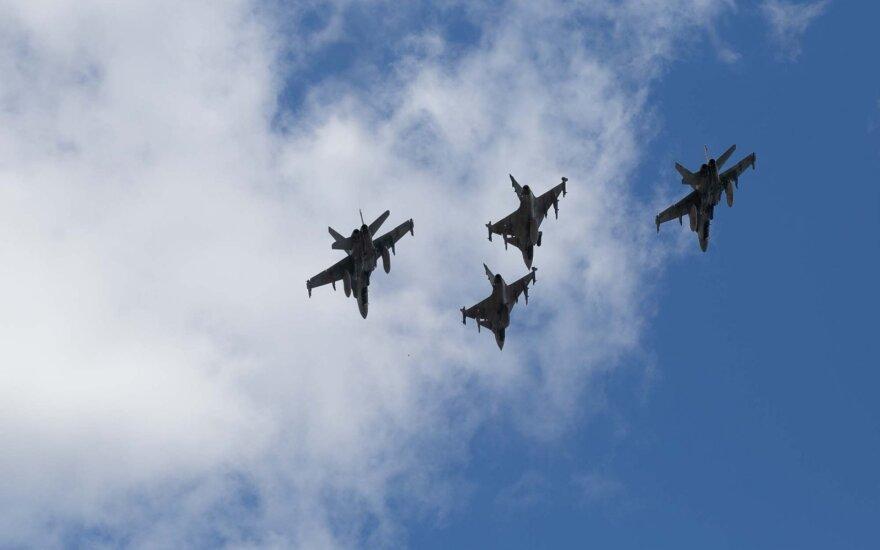 Истребители НАТО 14 раз сопроводили российские военные самолеты