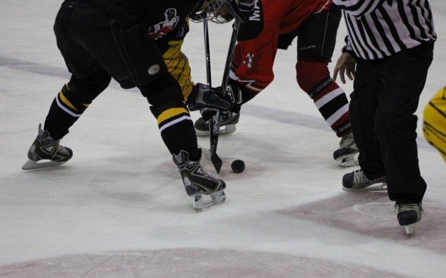 Беттмэн: владельцы клубов НХЛ не согласны начинать новый сезон