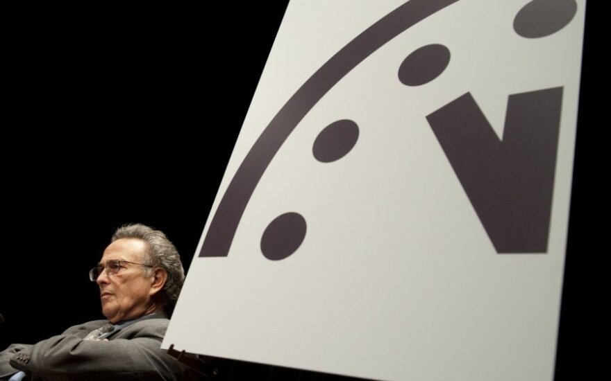 Pasaulio pabaigos laikrodis pasuktas minute į priekį