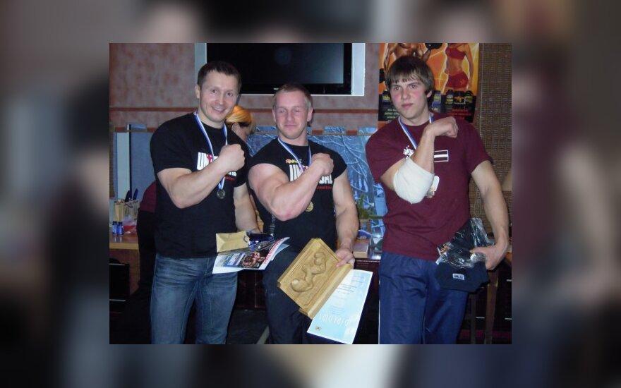 Lietuvos rankų lenkikai sėkmingai pasirodė varžybose Rygoje
