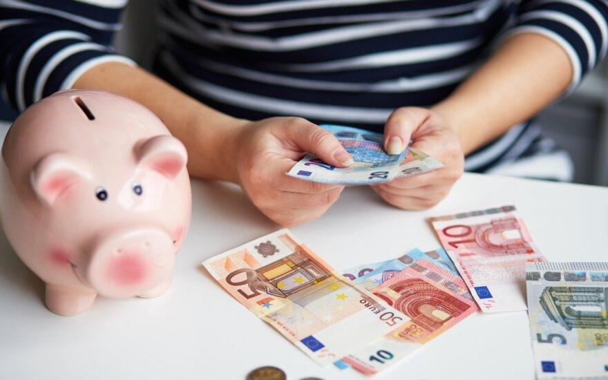 Пандемия сделала литовцев богаче: сумма вкладов достигла невиданных высот и росла быстрее, чем в других странах еврозоны