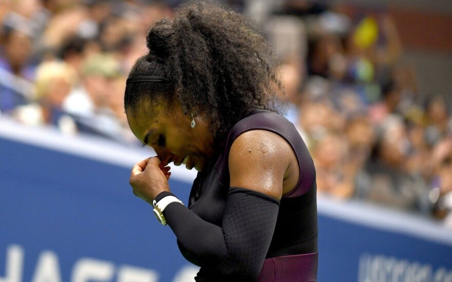 Серена Уильямс не поедет на финал WTA из-за травмы плеча