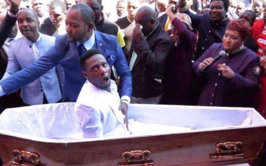 Пастора в ЮАР собираются судить за фейковое воскрешение из мертвых