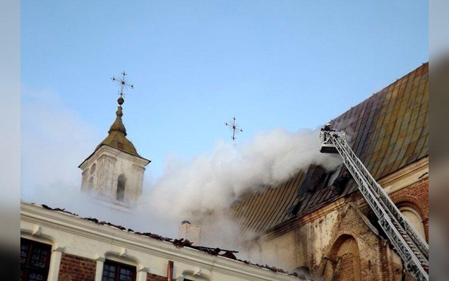Пожар в костеле Титувенай уничтожил ювелирные шедевры
