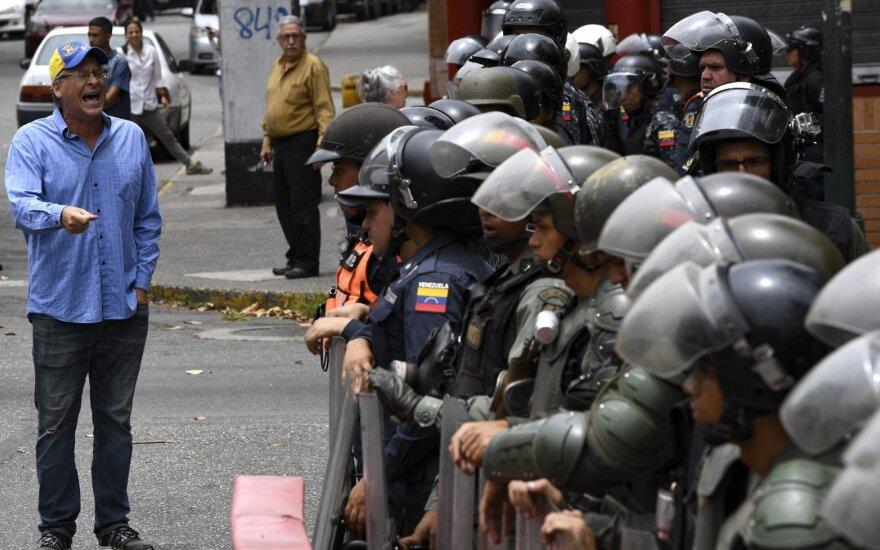 ООН обвиняет власти Венесуэлы в тысячах внесудебных расправ