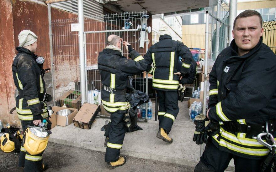В организме у пожарных, работавших в Алитусе – повышенное содержание тяжелых металлов
