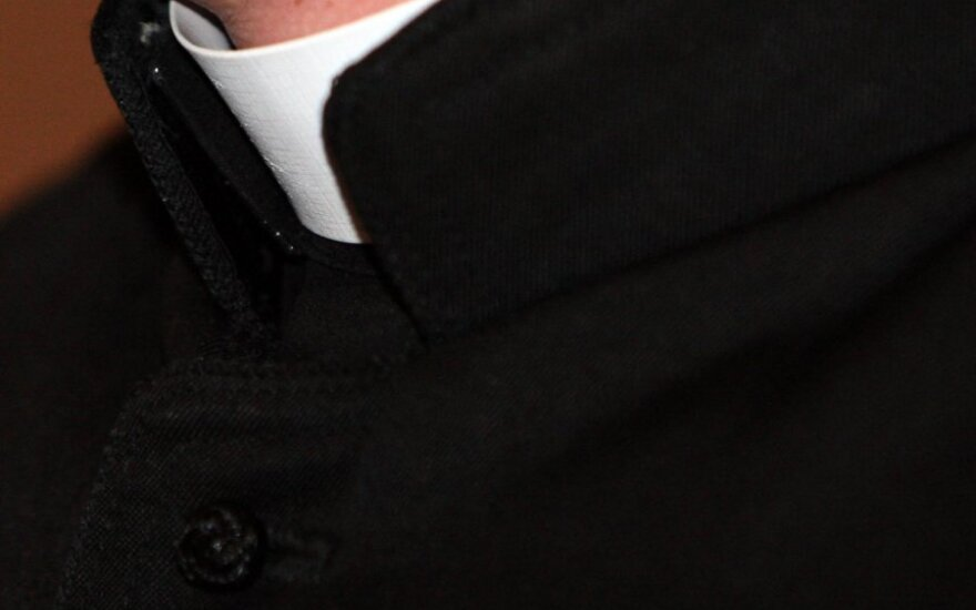 В Рокишкском районе ночью был ограблен священник
