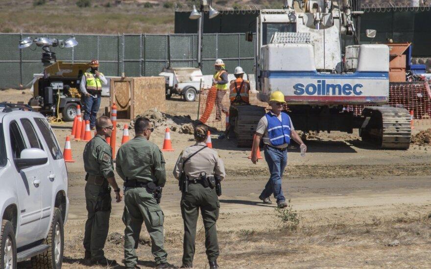 Белый дом изучает возможность введения чрезвычайного положения на границе с Мексикой