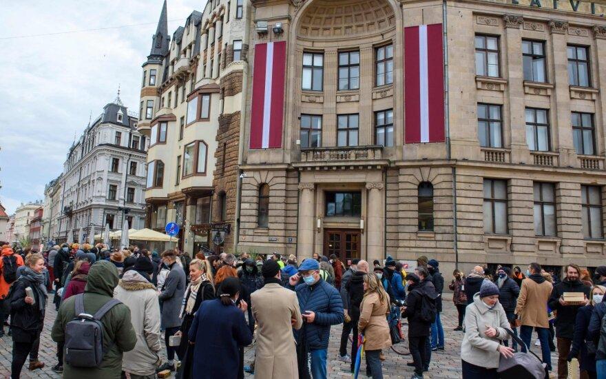 В Латвии с сегодняшнего дня вступило в силу чрезвычайное положение