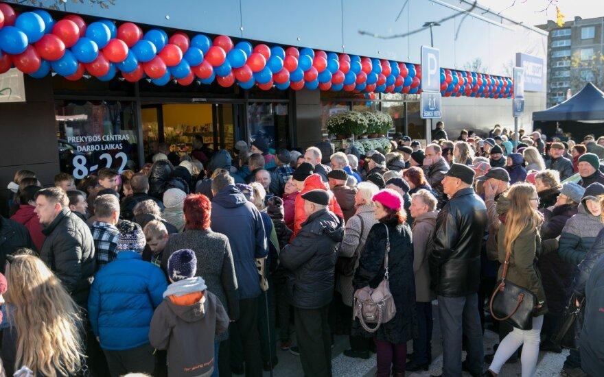 Покупатели штурмовали реновированный магазин Maxima