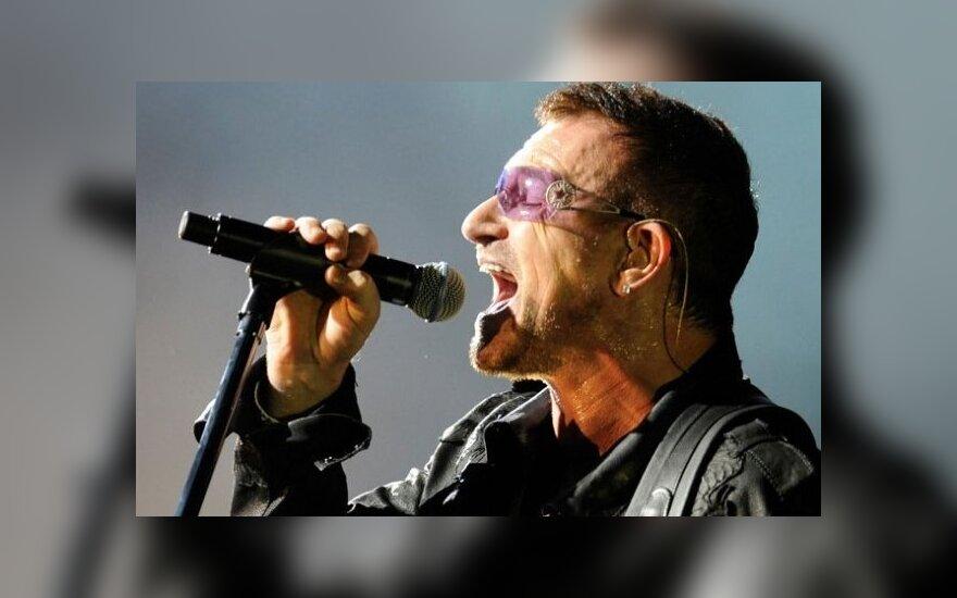 Лидер U2 Боно повредил руку и ждет операции