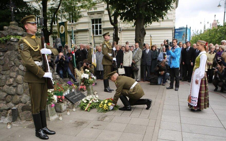 В Литве вспоминают жертв ссылок и оккупаций