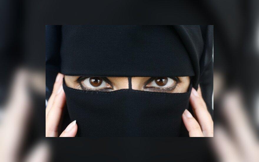 Запрет на ношение паранджи в Британии под вопросом