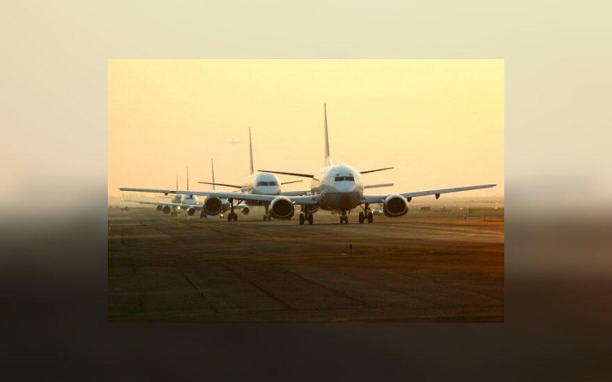 В понедельник в ЕС осуществят лишь треть рейсов