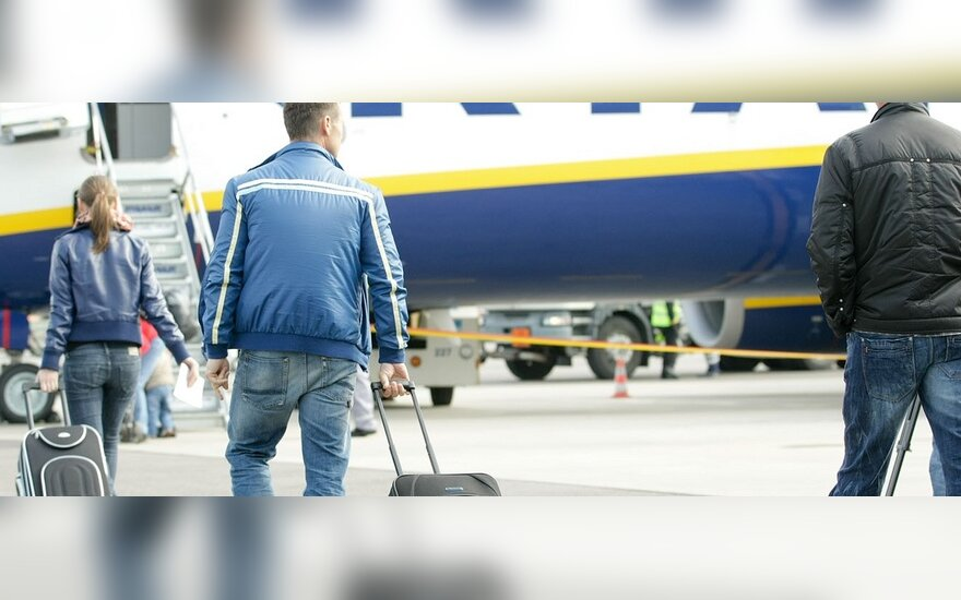 Ryanair зарабатывает на обмене валюты