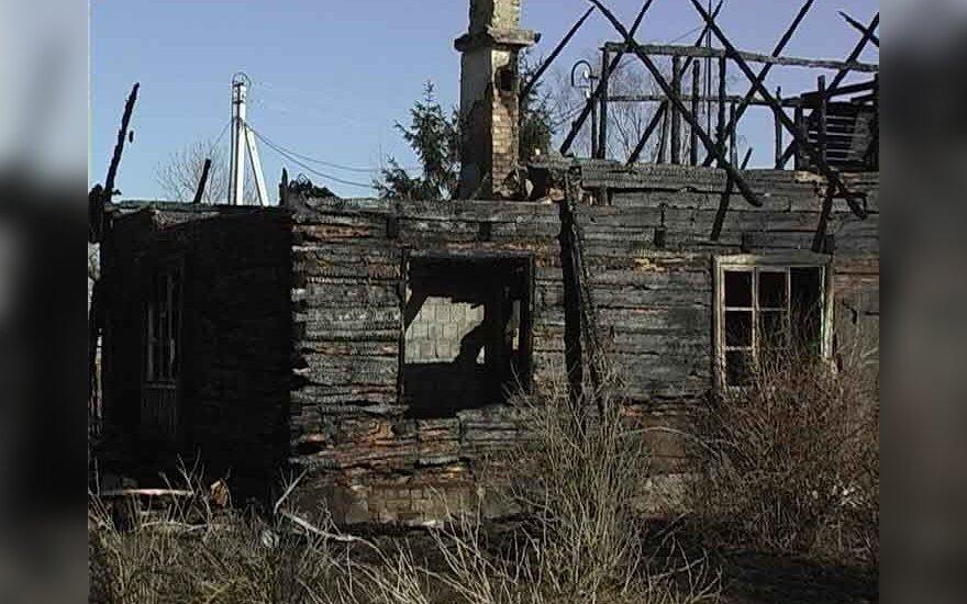 При пожаре в Пренайском районе сгорел и хозяин дома