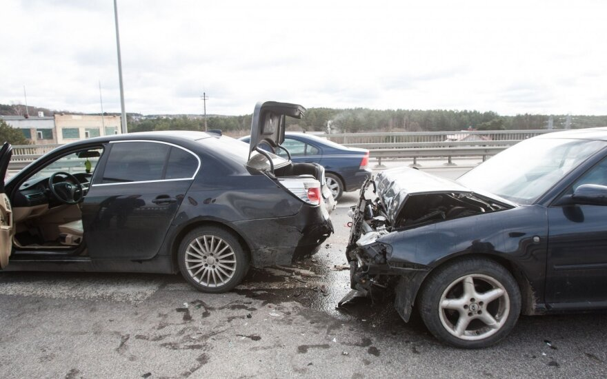 Авария в Гарюнай: образовалась пробка в направлении центра
