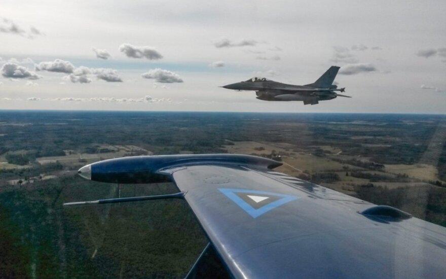 Истребители НАТО сопроводили над Балтикой 32 российских борта