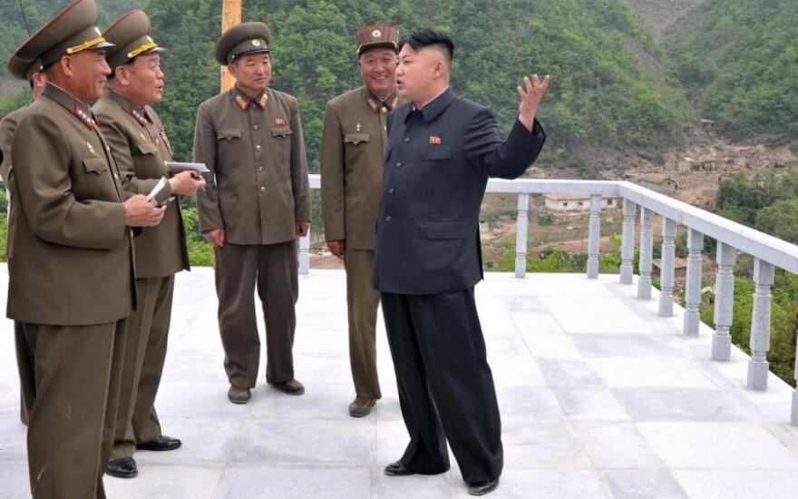 """Šiaurės Korėjoje – """"pasaulinio lygio"""" slidinėjimo kurortas"""