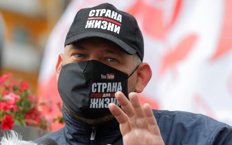В Беларуси после третьего обыска у блогера Тихановского нашли деньги