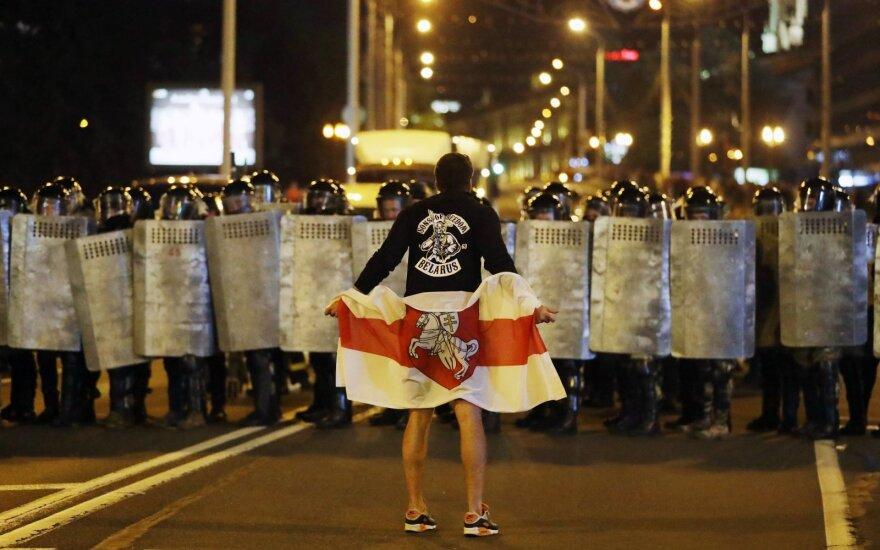 Сто дней протестов, которые изменили Беларусь и потрясли мир