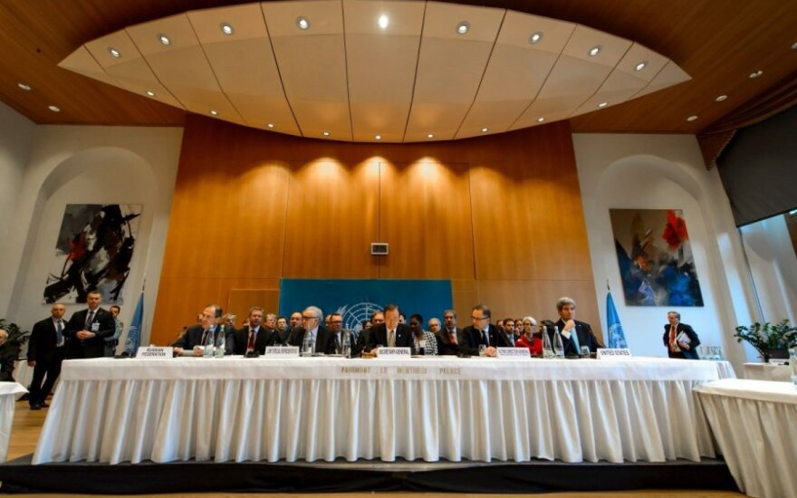 Начался второй день переговоров между делегациями из Сирии в Женеве