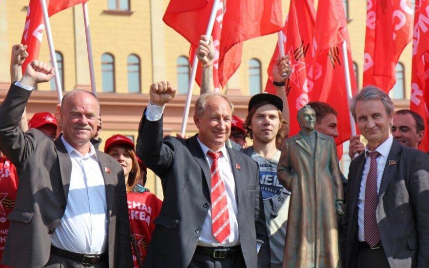 Rusijos komunistai pastatė Felikso Dzeržinskio skulptūros kopiją