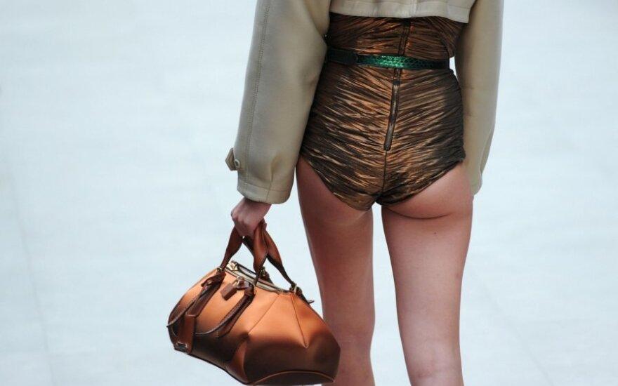 Фоторепортаж с недели моды в Лондоне: Burberry Prorsum